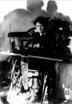 1908 (ca.), Rose Schneiderman, a capmaker in her twenties. UNITE HERE Archives, Kheel Center, Cornell University.