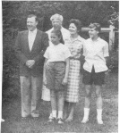 1958, The Reuther Family at Val-Kill. ER with W. Reuther, president UAW, and his wife May, daughters Linda and Lisa. Walter P. Reuther Library, Wayne State University.